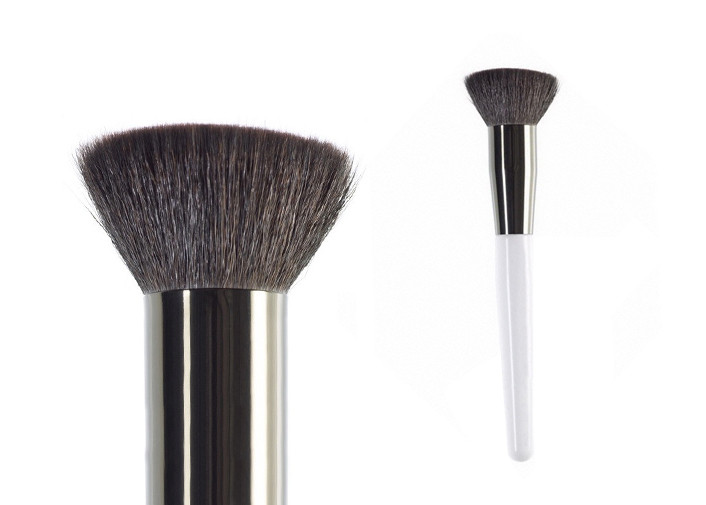 Girl Makeup Use Profession Bronze Buffer Makeup Brush With White Handle