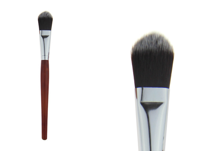 Professional Single Powder Tapered Foundation Brush Makeup With Wooden Handle